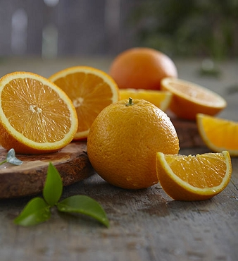 November - December: Navel Oranges